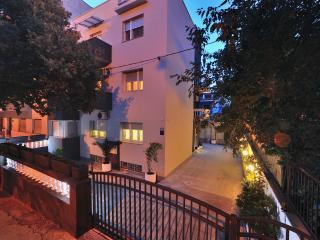 Beautiful 1 bedroom Condo in Split - Split vacation rentals