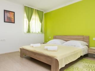 Cozy apartment Jasmin near old town - Split vacation rentals