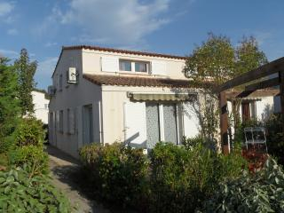 Nice House with Internet Access and A/C - Tanneron vacation rentals