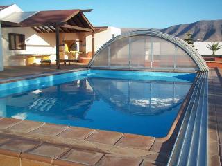 Villa LILITA in Famara for 10p - Famara vacation rentals
