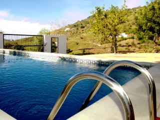Spacious comfortable villa, large pool, sleeps 6 - Competa vacation rentals