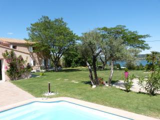 Chambre d'hôte D'ICI ET D'AILLEURS 2 personnes - Istres vacation rentals