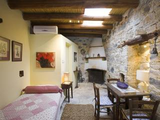 Cozy Apsiou Studio rental with A/C - Apsiou vacation rentals