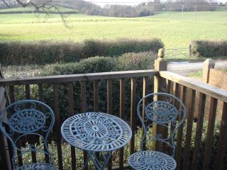 Comfortable Condo with Internet Access and Garden - Fairlight vacation rentals