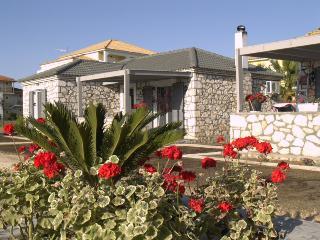 Harmony Villa 2 - 2bdr, sleeps 6, wifi, near beach - Mouzaki vacation rentals
