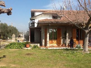 Nice Villa with Internet Access and Dishwasher - Giulianova vacation rentals
