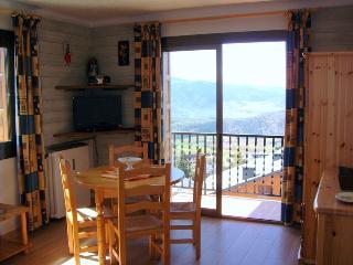 Appartement T2 36m2 - Label 2 clévacances - Font-Romeu vacation rentals