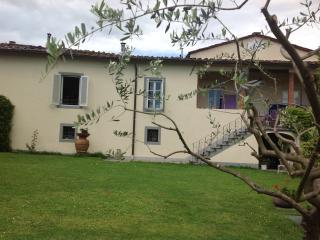 Il convento - Ponte a Moriano vacation rentals