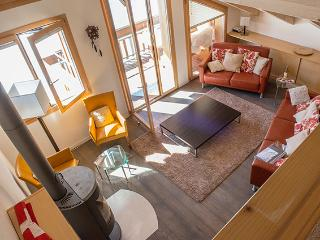 Comfortable 4 bedroom Condo in Wengen - Wengen vacation rentals