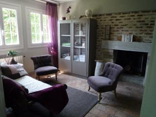 Bright Pont-L'Eveque B&B rental with Internet Access - Pont-L'Eveque vacation rentals