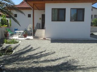 2 bedroom Cottage with A/C in Koycegiz - Koycegiz vacation rentals