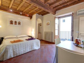 Florence Apartments - Apartment Cupolone - Florence vacation rentals