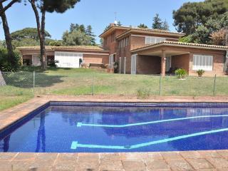 6 bedroom Villa with Internet Access in Cabrils - Cabrils vacation rentals