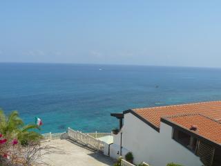 COSTA CIRCE - Briatico vacation rentals
