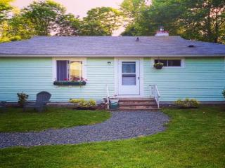Bright House with Internet Access and Dishwasher - Bar Harbor vacation rentals