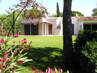 Villa l´Ullal A - L'Escala vacation rentals