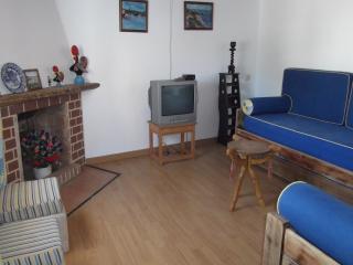 3 bedroom House with Outdoor Dining Area in Vila Nova de Milfontes - Vila Nova de Milfontes vacation rentals