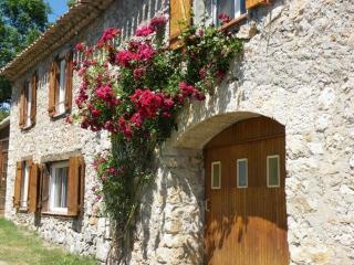 Romantic 1 bedroom Gite in Quillan - Quillan vacation rentals