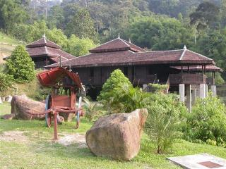 Charming 4 bedroom Vacation Rental in Genting Highlands - Genting Highlands vacation rentals