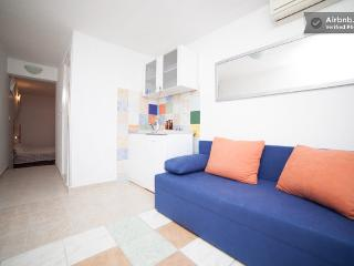 Sweet little apartment with beautiful balcony - Dubrovnik vacation rentals