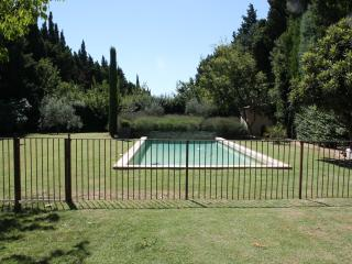 6 bedroom House with Internet Access in Avignon - Avignon vacation rentals