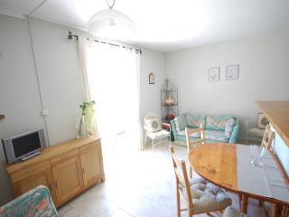 2 bedroom Condo with Internet Access in Vezenobres - Vezenobres vacation rentals