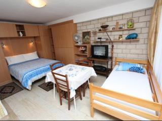 Apartment Villa Mattossi Studio A1 - Rovinj vacation rentals