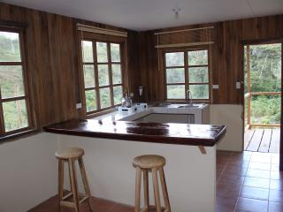 Ferienhaus Casa Colibrí, 25 acres tropical ground - Turrialba vacation rentals