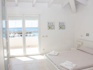 Villa Livia Trilo F/6 app. n. 8 - San Vincenzo vacation rentals