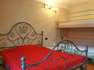 Appartamento Novecento - Desenzano Del Garda vacation rentals