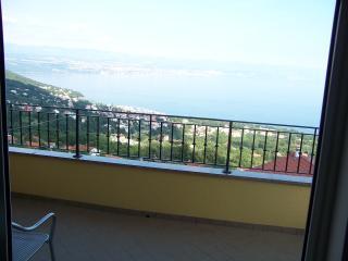 Appartamenti Dobrec - Medveja vacation rentals