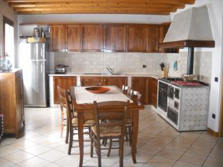 Nice House with A/C and Television - Crocetta del Montello vacation rentals
