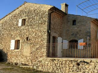 2 bedroom Gite with Internet Access in Banon - Banon vacation rentals