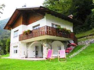 """Casa Civettini""""A""""Villetta bifamiliare  100 mt Lago - Ledro vacation rentals"""