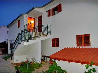 Apartments Lavanda - Ivan Dolac vacation rentals