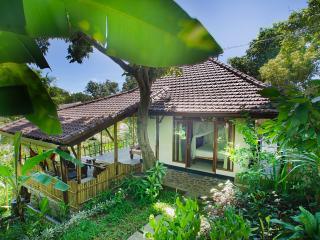 Indo Rumah Zengarden, Rumah Cantic - Dencarik vacation rentals