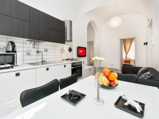 MODERN HOME IN THE 2,700 YEAR OLD CITY - Rome vacation rentals