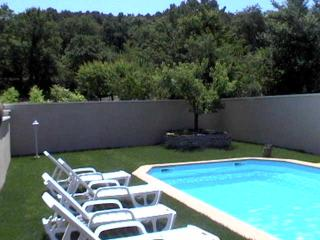 2 bedroom Gite with Internet Access in Bollene - Bollene vacation rentals
