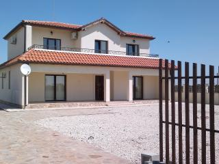 3 Bed Villa in Topola close to 3 golf courses - Topola vacation rentals