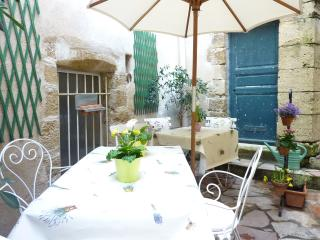 1 bedroom Cottage with Internet Access in Lourmarin - Lourmarin vacation rentals