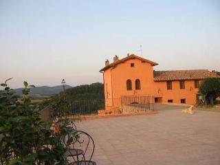 Chiantibebfirenze - Montelupo Fiorentino vacation rentals