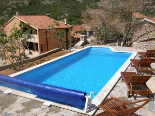 Private accommodation - villa Draga Bascanska 8381 4-room-suite - Draga Bascanska vacation rentals