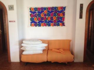 appartamento in villa vicino al mare - Montepaone vacation rentals