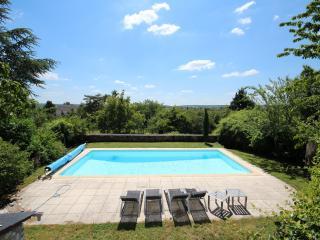 Domaine Les Feuillants B & B - Crouzilles vacation rentals