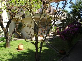 Casa da Quinta / The Farm Villa - Matosinhos vacation rentals