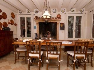 3 bedroom Villa with Long Term Rentals Allowed in Asolo - Asolo vacation rentals