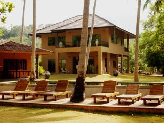 Cozy 3 bedroom Villa in Khao Thong - Khao Thong vacation rentals