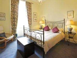 Edinburgh Stockbridge Apartment - Edinburgh vacation rentals