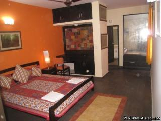 4 Bedroom service apartment in posh GK2South Delhi - New Delhi vacation rentals