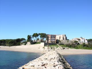 Casa Montserrat - L'Escala vacation rentals